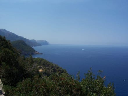 Berge und Meer in Mallorca - Wandern
