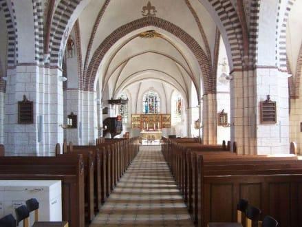 Inneres d. ev Kirche von Burg - Kirche St. Nikolai