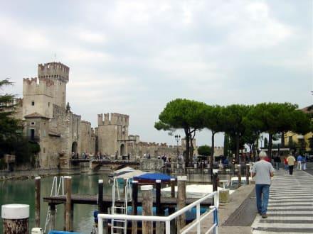 Stadtmauer von Sirmione - Altstadt Sirmione