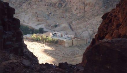 Katharinenkloster beim Abstieg - Mosesberg (Gebel Musa) / Berg Sinai