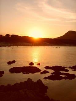 Sonnenuntergang Cala Guya - Cala Agulla/ Cala Guya