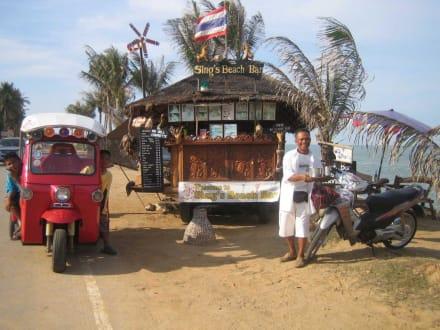 Sing's Beach Bar neben den Evasons - Sing's Beach Bar