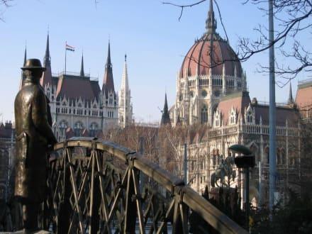 Parlamentsgebäude - Parlament