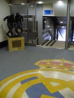 Spielertunnel - Santiago-Bernabéu-Stadion