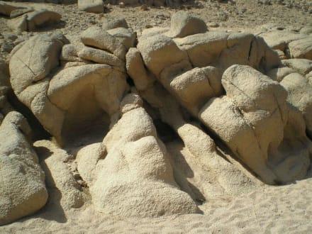 runde Steine - Beduinen