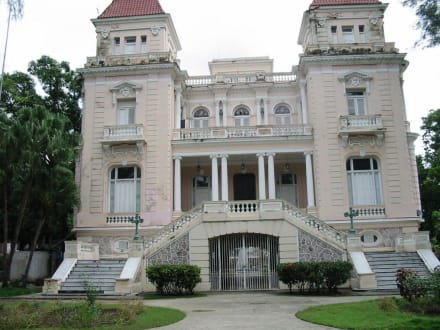Villa Bacardi - Bacardi Villa