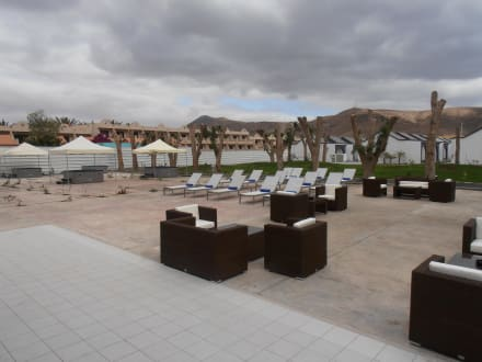 Romantic bungalows bild r2 design bahia playa in for Hotel design r2 bahia playa 4 fuerteventura