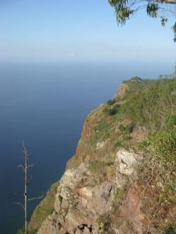 Schon ganz hoch oben - Europas höchste Klippe Cabo Girao
