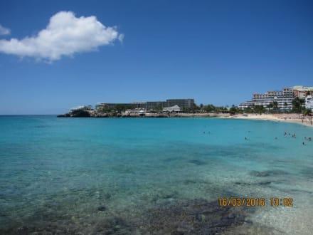 Kleiner Strand Maho Beach, große Flugzeuge - Maho Beach