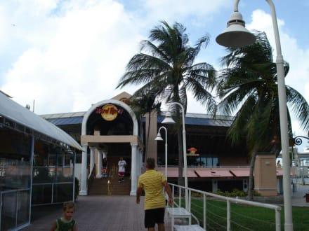 Hard Rock Cafe Miami Bayside - Bayside