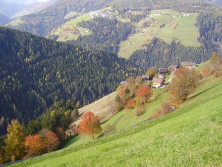Weiler  - Wandern St. Vigil in Enneberg