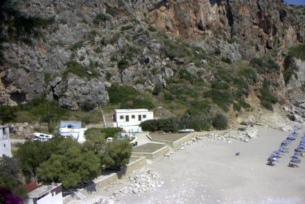 Bucht von Kira Panaghiá - Strand Kira Panaghia