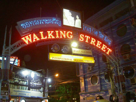 Abends in Pattaya1 - Pattaya Walking Street