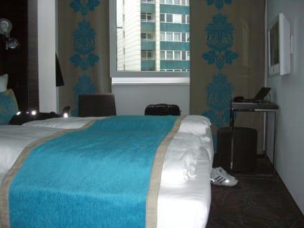 Motel one doppelzimmer bild motel one berlin tiergarten for Motel one doppelzimmer