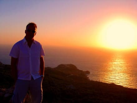 Sonnenuntergang am Monolithos Kastro - Johanniterfestung Monolithos
