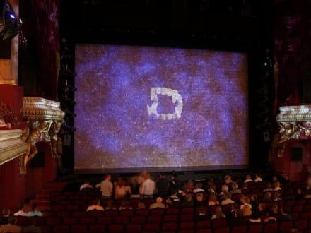 Im Theatersaal - Tanz der Vampire (geschlossen)