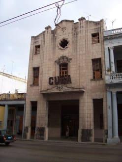 Art Deco Cinema - Altstadt Havanna