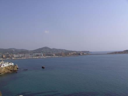 Blick aufs Meer und Teil der Insel - Kathedrale Santa Maria