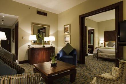 Prestige suite living room -