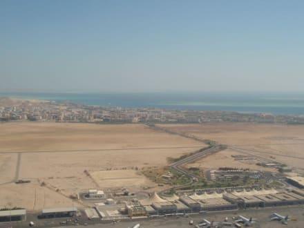 Blick auf den Flughafen - Flughafen Hurghada (HRG)