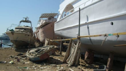 Rundfahrt durch Hurghada - Bootswerft Hurghada