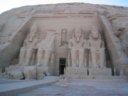 Ramses Tempel, Abu Simbel - Tempel von Abu Simbel