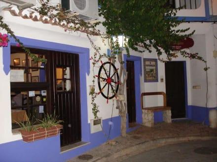 Aussenansicht des Restaurant O Charneco - Restaurant O Charneco