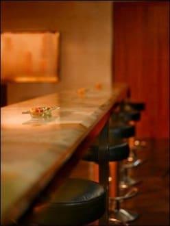 Bar -