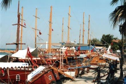 Hafen in Side - Hafen Side