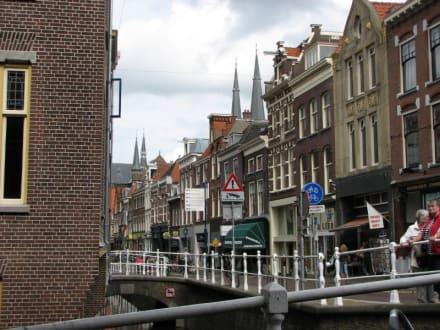 Häuserfront - Zentrum Delft