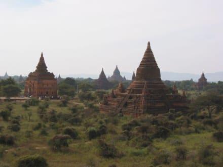 Blick über Bagan - Pagodenfeld / Tempelfeld