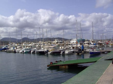 Blick auf die Marina - Yachthafen San Antonio/San Antoni de Portmany