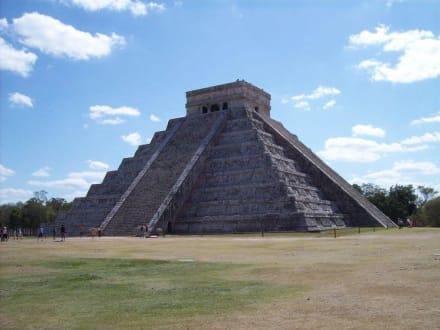 Pyramide in Chichen Itza - Ruine Chichén Itzá