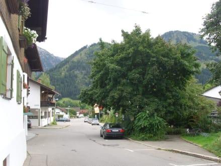 Ortsstrasse in Bad Hindelang - Zentrum Bad Hindelang