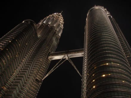 Petronas Twin Tower - Petronas Twin Towers