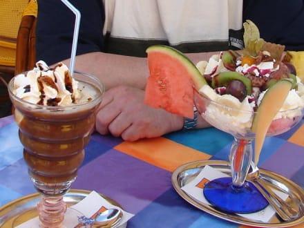 So sehen Eisbecher aus - Eiscafe Venezia