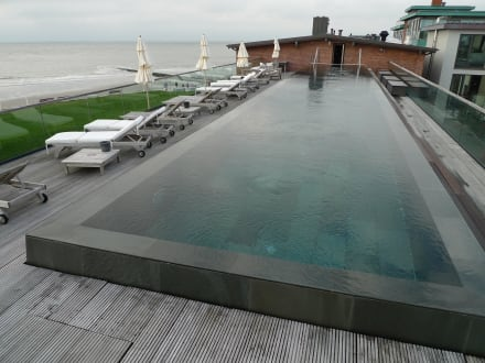 dachpool bild hotel seesteg norderney in norderney. Black Bedroom Furniture Sets. Home Design Ideas
