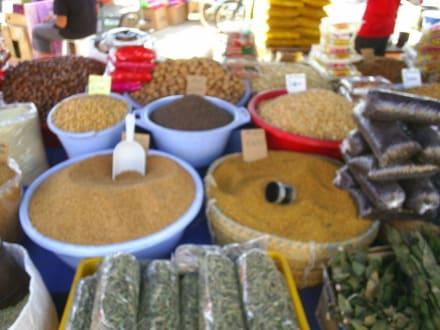 Traum der Düfte - Markt Sousse