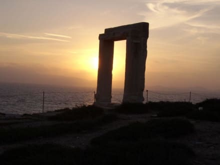 An der Porta - Tempel des Apollonas - Portara Naxos
