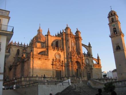 Cathedrale von Jerez im Abendlicht - Cathedrale von Jerez