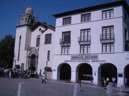 Los Angeles aus Mexikanisch - El Pueblo de Los Ángeles State Historic Park