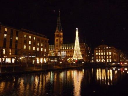 Weihnachtsmarkt! - Rathaus
