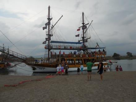 Piratenschifffahrt Calypso - Bootstour Calypso Colakli