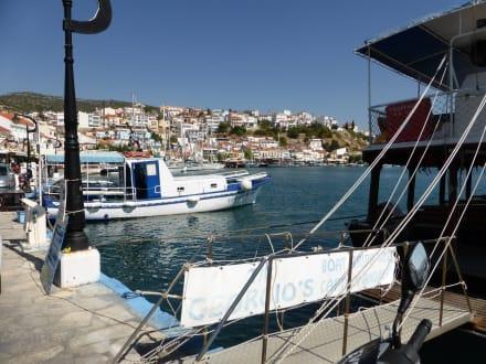 Ausflugsboote - Hafen Pythagorion
