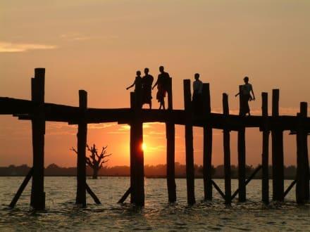 Sonnenuntergang bei der U-Bein-Bridge - U-Bein Brücke