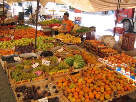 Lecker Obst und Gemüse - Basar Mahmutlar
