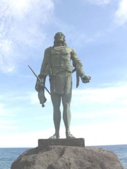 Guanchen Statuen. Pelicar - Statuen der Guanchenkönige