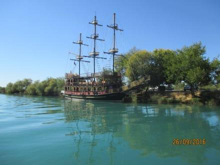 Ausflugschiff - Flussfahrt Manavgat