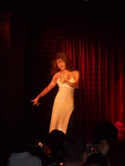 Szene aus dem Programm - Transvestiten-Show Calypso (Asia Hotel)
