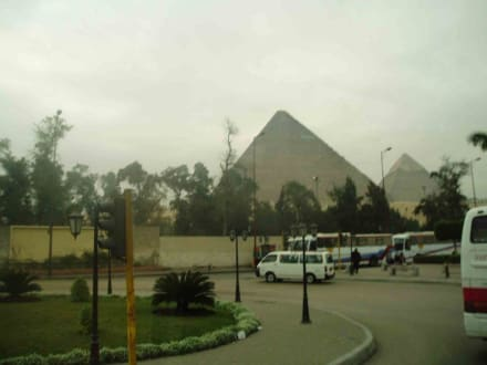 Pyramid Road - Pyramiden von Gizeh
